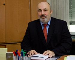 Schulleiter Alfred Ohnezat