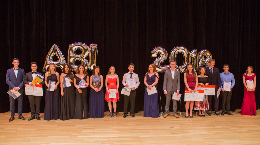 WG aktuell Preisträger Abitur 2018 an der GvSS